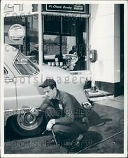 Gas Station Attendant Checks Air Pressure n Tires Vintage Auto Press Photo