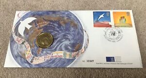 1995 £2 Two Pound Coin 50th Anniversary of UN Brilliant Uncirculated in pack