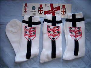18 prs Men's/boys White England sports socks -Red Blue  medium