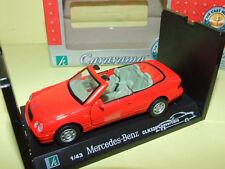 MERCEDES CLK 320 Cabriolet Rouge CARARAMA