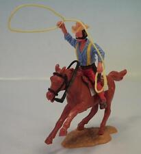 Timpo Toys Cowboy mit Lasso zu Pferd 4. Version mit roten Hosen