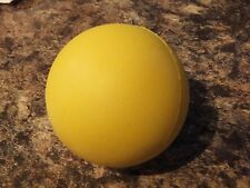 *** SOLID COLOURED HARD RUBBER BALL FOR DOGS IN 3 SIZES DTO 17 ***