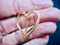 Vintage-Valentine's Day 1960's Gold Tone Filigree Heart Brooch/Pin