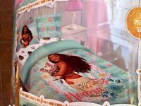 Disney Moana Twin Comforter 3 Piece Set - Comforter, Fitted Sheet & Pillowcase