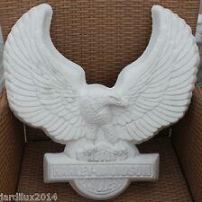 Statue aigle mural en pierre reconstituée, ton pierre blanche