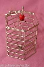 Caitecs- Foraging BAFFLE CAGE-STAINLESS STEEL-small