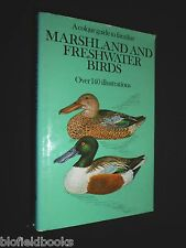A Colour Guide to Familiar Marshland and Freshwater Birds 1975-1st - Ornithology