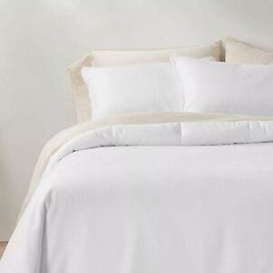 Casaluna Heavyweight Linen Blend Comforter - F/Queen -White