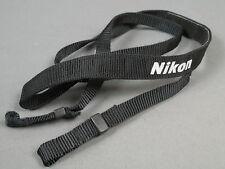Nikon Tragriemen, schwarz, mit Nikon Schriftzug, Top!