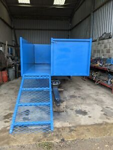4 TON TIPPING TRAILER FOR EQUESTRIAN USE WITH LOADING RAMP SHEEP TRANSPORT ?