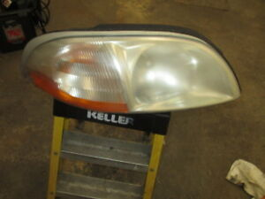 99-03 Ford Windstar Headlight Right Passenger RH Headlamp OEM USED VAN 00 01 02
