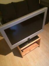 Metz Linea 32 FHDTV 100 81,3 cm (32 Zoll) 1080p HD LED LCD Fernseher