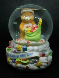 Care Bears American Greetings Musical Christmas Holidays Snow Globe 5.5 in, 2003