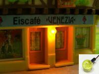 S951 - 4 Stück Wandlampen Kugelleuchten 3mm mit LED gelb für Häuser H0 / TT