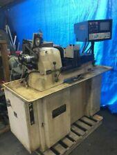 Máquina roscadora tipo suizo/Centro de torneado CNC