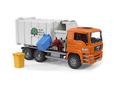Bruder 02761  Müllauto Seitenlader MAN TGA Müllwagen Müll-LKW