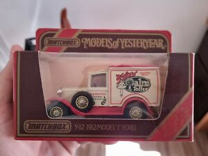 Matchbox MOY Y-12 1912 Ford Model 'T' Van - WALTERS PALM TOFFEE- Red Box