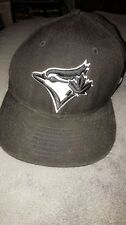 toronto blue jays hat 7 1/8 . Can be negotiated. Message me