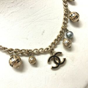 CHANEL CC 06A Pearl Charm Necklace Gold Faux Pearl x GP