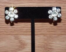 Vintage Small Silver Tone Screw Back Clear Rhinestone Flower Earrings *READ*