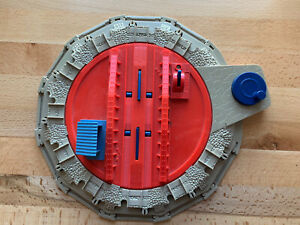 2006 Hit Toy Thomas Trackmaster Tidmouth Sheds Roundhouse Train  Turntable Works
