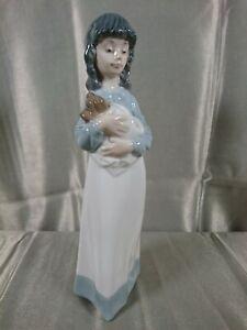 "Nao by Lladro ""Someone to Love"". #1118 Figurine Girl Dog 1990"