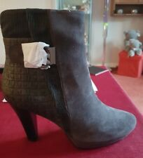 Gerry Weber leather heeled grey ANKLE BOOT  RRP 120.00