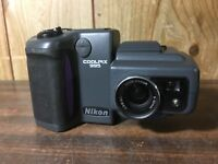 Nikon COOLPIX 995 3.2MP Digital Camera - Black