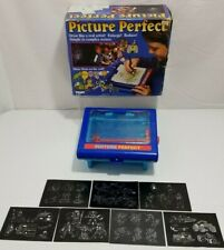 Vintage 1985 Tomy Picture Perfect Light Up Tracing Art Projecting Toy, WORKS