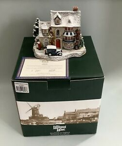 Lilliput Lane Christmas Cake L2397 - 2001 - Special Edition - With Deeds & Boxed