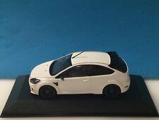Minichamps 1:43 Ford Focus RS500  White 2010 Dealer Modell