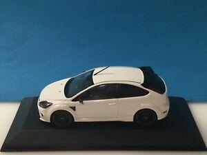 Minichamps 1/43 Ford Focus RS White 2010 Dealer Modell