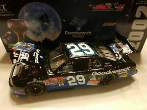 KEVIN HARVICK 2002 ET BLUE GOODWRENCH 1/24 ACTION DIECAST CAR 1/64,860