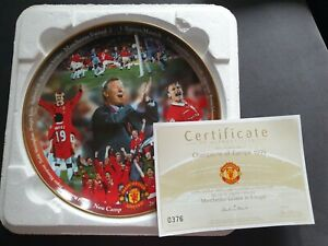 5x Manchester United Fine Porcelain Collector Plate, Rimmed With 22ct Gold