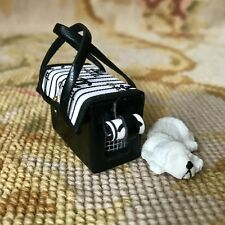 Pat Tyler Dollhouse Miniature Dog Pet Carrier Bag Luggage Suitcase W/Dog p563