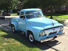 1954 Ford F-100 --
