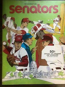 MLB BASEBALL THE SENATORS MINNESOTA SCORECARD SOUVENIR PROGRAM 1971 EXCELLENT