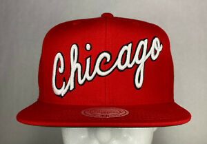 Mitchell and Ness NBA Chicago Bulls Wool Solid 2 HWC Snapback Hat, 100% Wool