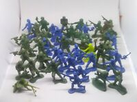 """Mixed Plastic Army Men lot blue, green Action Figures Toy Soldiers 1.5""""-2"""""""
