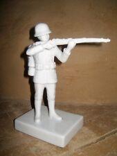 Soldat Wehrmacht Wehrmachtsoldat Porzellan stehender Schütze