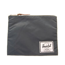 HERSCHEL SUPPLY CO. Clutch Bag Pouch Logo Detail Lightly Padded Zipped