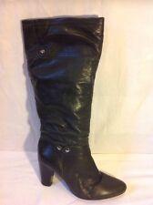 Primadonna Collection al ginocchio in pelle nera misura 40