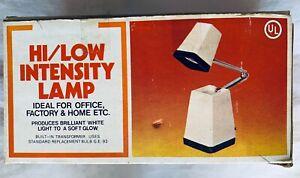 Retro Hi Low Intensity Windsor Justen Pyramid Modern Folding Desk Lamp NOS New
