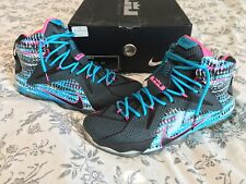 44f977324033 NIKE AIR LEBRON XII (12) CHROMOSOMES sz 12 Blue Lagoon Pink Barely Used With