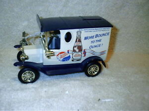 Golden Wheels 1929 Ford Delivery Truck Pepsi Cola Bank With Key Die Cast 1:32