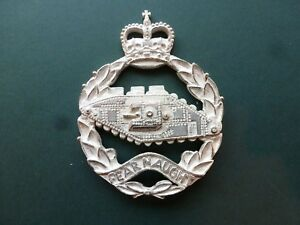 Royal Tank Regiment pipes & drums bonnet badge in silver plate