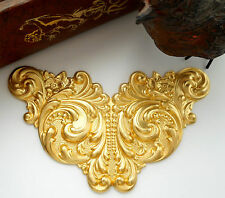 BRASS Art Nouveau Scroll Cartouche Flower Stamping ~ Jewelry Finding (C-809)