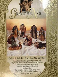 Vintage '99 Grandeur Noel Handpainted Porcelain Nativity 9-Piece Set N0094