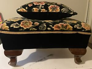 Vintage Antique Floral Tapestry Mahogany Footed Ottoman Stool PILLOW Excellent