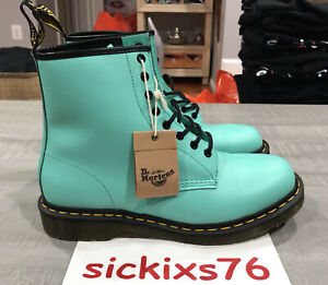 DR. MARTENS 1460 SMOOTH LEATHER LACE UP BOOTS 'Peppermint Green' S 11 [26069983]